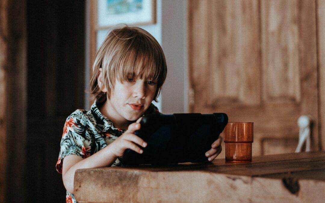 Recenze: Jak ochránit děti před pornografií na internetu
